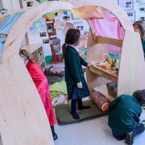 Natural-Pod-York-House-Grade-1-Play-Arches