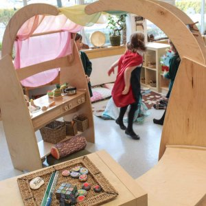 Natural-Pod-York-House-Grade-1-Play-Kitchen-Play-Arches