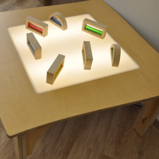 natural-pod-light-table-nature-items-1