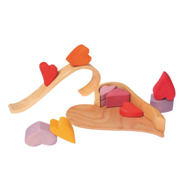 Natural Pod - Rainbow Hearts - Red Colour - 01