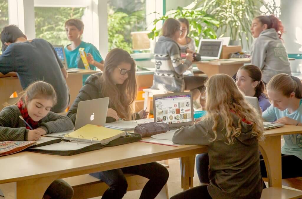 Research: Do Teachers Want Technology-Rich, Modern Classrooms?